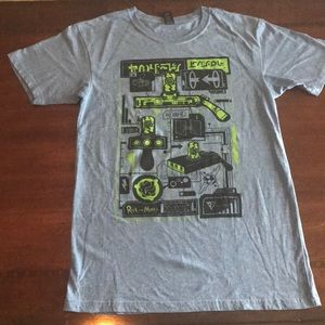 Rick and Morty shirt size small